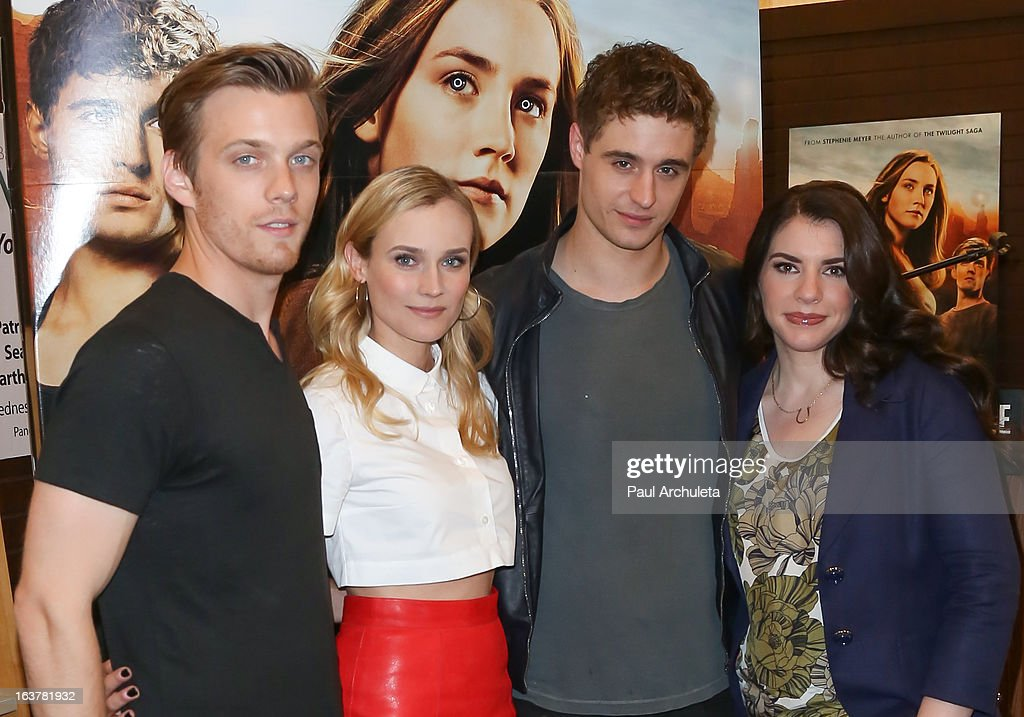 Actors <a gi-track='captionPersonalityLinkClicked' href=/galleries/search?phrase=Jake+Abel&family=editorial&specificpeople=4684398 ng-click='$event.stopPropagation()'>Jake Abel</a>, <a gi-track='captionPersonalityLinkClicked' href=/galleries/search?phrase=Diane+Kruger&family=editorial&specificpeople=202640 ng-click='$event.stopPropagation()'>Diane Kruger</a>, <a gi-track='captionPersonalityLinkClicked' href=/galleries/search?phrase=Max+Irons&family=editorial&specificpeople=762929 ng-click='$event.stopPropagation()'>Max Irons</a> and Author <a gi-track='captionPersonalityLinkClicked' href=/galleries/search?phrase=Stephenie+Meyer&family=editorial&specificpeople=5476076 ng-click='$event.stopPropagation()'>Stephenie Meyer</a> sign copies of 'The Host' at Barnes & Noble bookstore at The Grove on March 15, 2013 in Los Angeles, California.