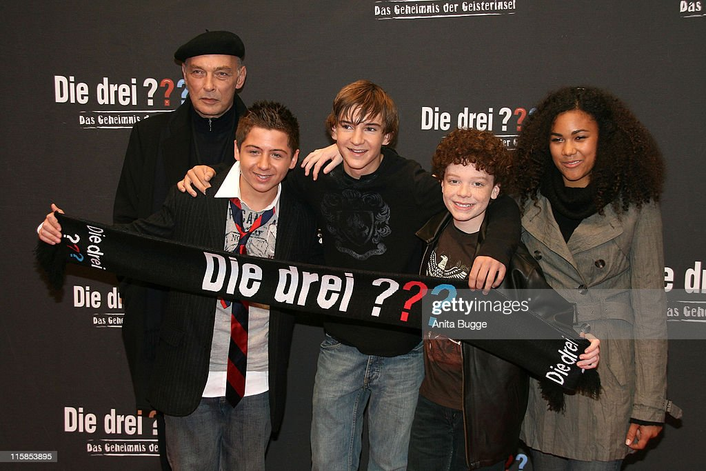 Actors James Faulkner, Chancellor Miller, Nick Price, Cameron Monaghan amd Naima Sebe attend the German premiere of 'Die drei ??? - Das Geheimnis der Geisterinsel' (The Three Investigators and the Secret of Skeleton Island ) on November 4, 2007 in Berlin, Germany.