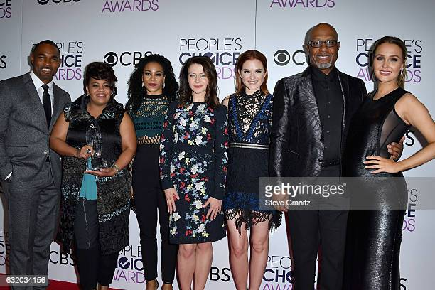 Actors James Pickens Jr Chandra Wilson Kelly McCrearySarah Drew Jason George and Camilla Luddington pose with an award in the press room during the...