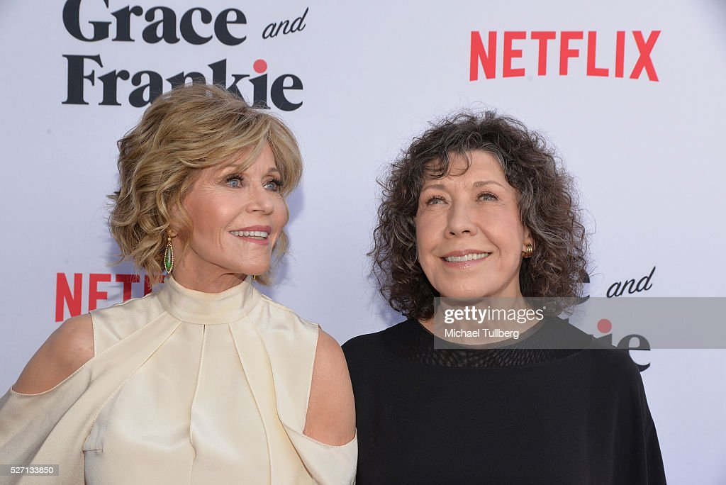 Actors <a gi-track='captionPersonalityLinkClicked' href=/galleries/search?phrase=Jane+Fonda&family=editorial&specificpeople=202174 ng-click='$event.stopPropagation()'>Jane Fonda</a> (L) and <a gi-track='captionPersonalityLinkClicked' href=/galleries/search?phrase=Lily+Tomlin&family=editorial&specificpeople=208236 ng-click='$event.stopPropagation()'>Lily Tomlin</a> attend the premiere of Season 2 of the Netflix Original Series 'Grace & Frankie' at Harmony Gold on May 1, 2016 in Los Angeles, California.