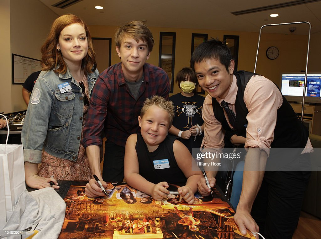 Actors Jane Levy Thomas Mann Jackson Nicoll and Osric Chau attend 'Fun Size' Special Screening At Children's Hospital Los Angeles at Childrens...