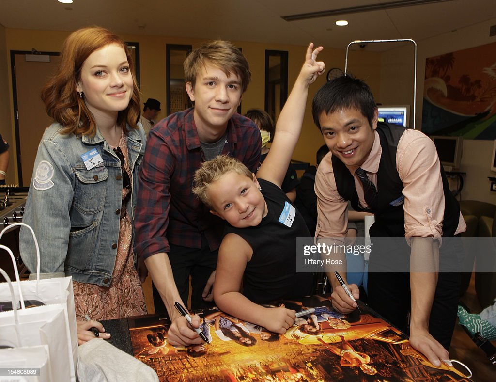 Actors Jane Levy Thomas Mann Jackson Nicoll and Osric Chau sign attend 'Fun Size' Special Screening At Children's Hospital Los Angeles at Childrens...
