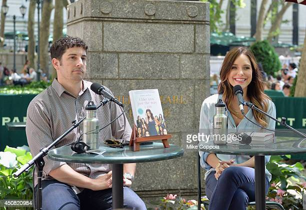 Actors Jason Biggs and wife/author Jenny Mollen speak to a crownd at the 'Word For Word' author event with Jason Biggs and Jenny Mollen on June 18...