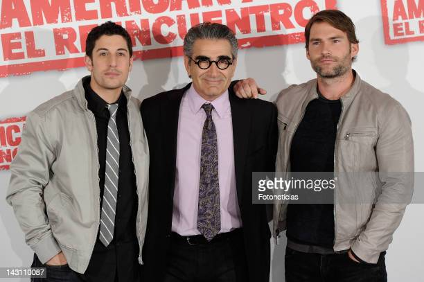 Actors Jason Biggs Eugene Levy and Sean William Scott attend a photocall for 'American Pie Reunion' at the Villamagna Hotel on April 19 2012 in...