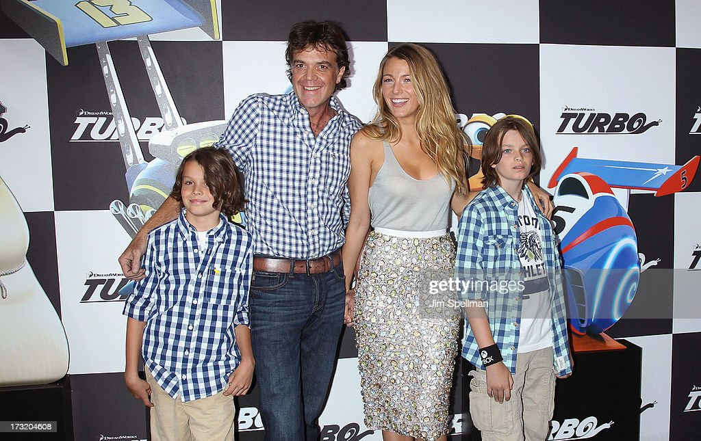 Actors (L-R) <a gi-track='captionPersonalityLinkClicked' href=/galleries/search?phrase=Jason+Lively&family=editorial&specificpeople=4068551 ng-click='$event.stopPropagation()'>Jason Lively</a> and <a gi-track='captionPersonalityLinkClicked' href=/galleries/search?phrase=Blake+Lively&family=editorial&specificpeople=221673 ng-click='$event.stopPropagation()'>Blake Lively</a> and family attend the 'Turbo' New York Premiere at AMC Loews Lincoln Square on July 9, 2013 in New York City.