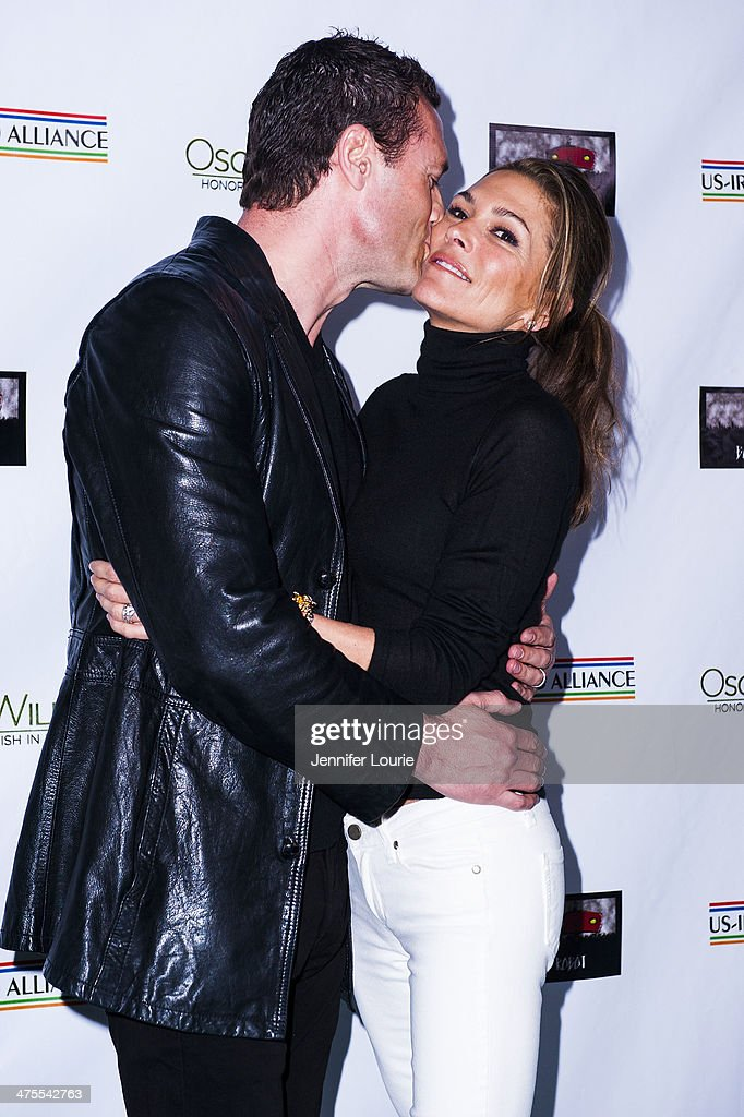 Actors <a gi-track='captionPersonalityLinkClicked' href=/galleries/search?phrase=Jason+O%27Mara&family=editorial&specificpeople=742824 ng-click='$event.stopPropagation()'>Jason O'Mara</a> and <a gi-track='captionPersonalityLinkClicked' href=/galleries/search?phrase=Paige+Turco&family=editorial&specificpeople=617382 ng-click='$event.stopPropagation()'>Paige Turco</a> attend the 9th Annual 'Oscar Wilde: Honoring The Irish In Film' Pre-Academy Awards event at Bad Robot on February 27, 2014 in Santa Monica, California.