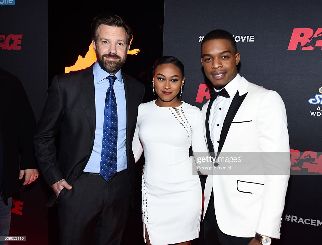 Actors <a gi-track='captionPersonalityLinkClicked' href=/galleries/search?phrase=Jason+Sudeikis&family=editorial&specificpeople=4232997 ng-click='$event.stopPropagation()'>Jason Sudeikis</a>, Shanice Banton and Stephan James attend the Canadian Red Carpet Premiere of 'Race' at Scotiabank Theatre on February 11, 2016 in Toronto, Canada.