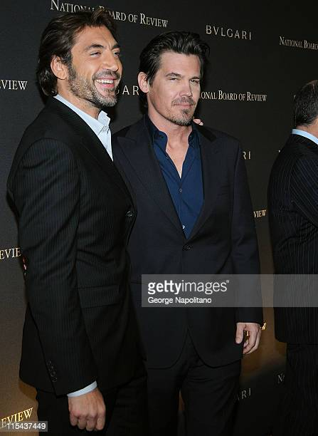 Actors Javier Bardem and Josh Brolin attends the 2007 National Board of Review of Motion Pictures Annual Awards Gala at Cipriani 42nd Street on...