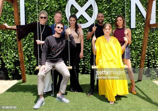Actors Jean Smart Bill Irwin Dan Stevens Amber Midthunder Jeremie Harris Rachel Keller and Aubrey Plaza of 'Legion' attend FX Networks' FXHibition...