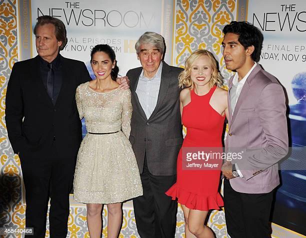 Actors Jeff Daniels Olivia Munn Sam Waterston Alison Pill and Dev Patel attend the Los Angeles season 3 premiere of HBO's series 'The Newsroom' held...