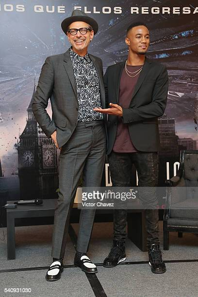 Actors Jeff Goldblum and Jessie T Usher attend a photocall and press conference to promote the new film 'Independence Day Resurgence' at Four Seasons...