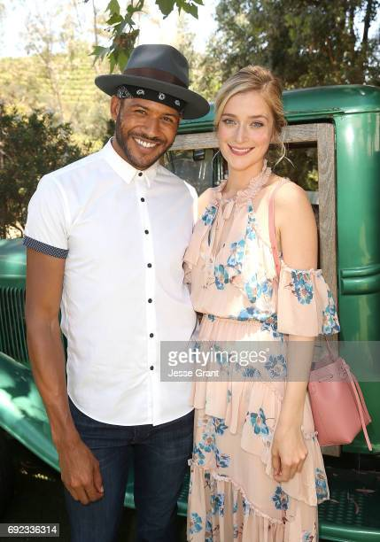 Actors Jeffrey BowyerChapman and Caitlin Fitzgerald attend Lifetime's UnREAL Cast and Producers Kickoff Summer Group Date at Malibu Wines Safari on...