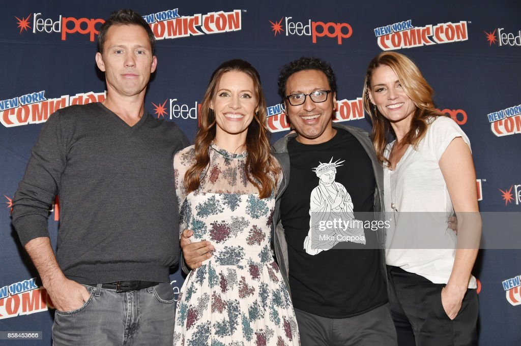 Actors Jeffrey Donovan, KaDee Strickland, Aasif Mandvi, and Susan Misner pose onstage after Hulu's Shut Eye panel at New York Comic Con at Jacob Javits Center on October 6, 2017 in New York City.