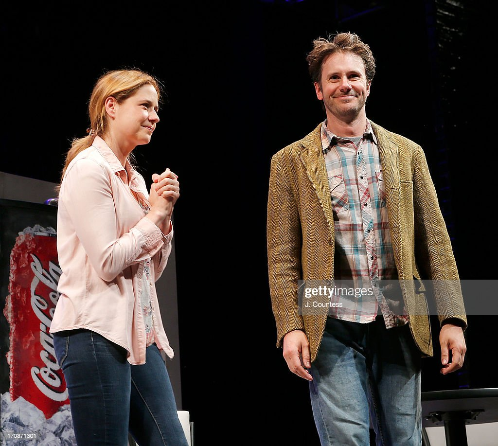 Actors Jenna Fischer and Josh Hamilton take a bow during curtain call at the 'Reasons To Be Happy' Broadway Opening Night at Lucille Lortel Theatre on June 11, 2013 in New York City.
