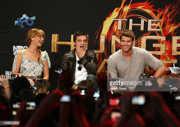 Actors Jennifer Lawrence Josh Hutcherson and Liam Hemsworth attend The Hunger Games US Mall Tour KickOff at Westfield Century City on March 3 2012 in...