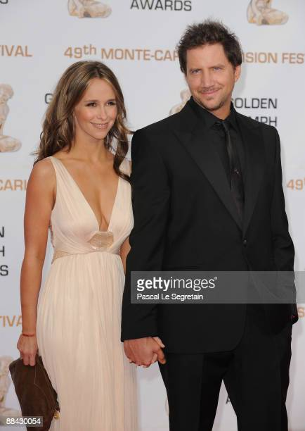 S actors Jennifer Love Hewitt and Jamie Kennedy attend the closing ceremony of the 2009 Monte Carlo Television Festival at Grimaldi Forum on June 11...