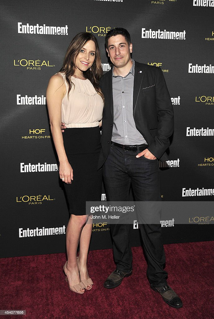 Actors Jenny Mollen and Jason Biggs attend Entertainment Weekly's Pre-Emmy Party at Fig & Olive on Melrose Place on August 23, 2014 in West Hollywood, California.