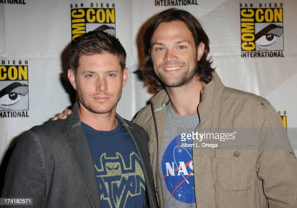 Actors Jensen Ackles and Jared Padalecki pose backstage at the 'Supernatural' special video presentation during ComicCon International 2013 at San...