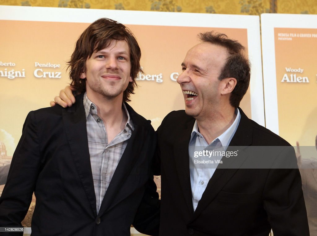 Actors <a gi-track='captionPersonalityLinkClicked' href=/galleries/search?phrase=Jesse+Eisenberg&family=editorial&specificpeople=625439 ng-click='$event.stopPropagation()'>Jesse Eisenberg</a> and <a gi-track='captionPersonalityLinkClicked' href=/galleries/search?phrase=Roberto+Benigni&family=editorial&specificpeople=217583 ng-click='$event.stopPropagation()'>Roberto Benigni</a> attend 'To Rome With Love' photocall at Hotel Parco dei Principi on April 13, 2012 in Rome, Italy.