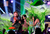 Actors Jesse Tyler Ferguson Rico Rodriguez Sarah Hyland and Ariel Winter accept Favorite Family TV Show for 'Modern Family' onstage during...