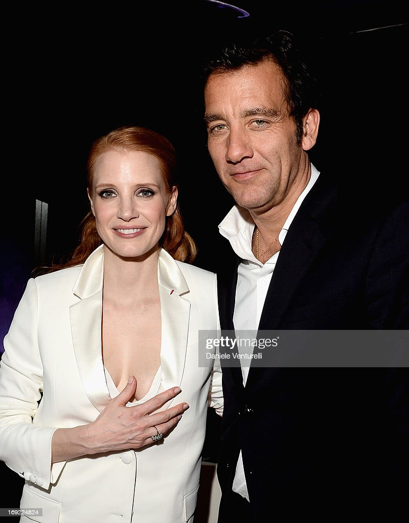 Actors <a gi-track='captionPersonalityLinkClicked' href=/galleries/search?phrase=Jessica+Chastain&family=editorial&specificpeople=653192 ng-click='$event.stopPropagation()'>Jessica Chastain</a> and <a gi-track='captionPersonalityLinkClicked' href=/galleries/search?phrase=Clive+Owen&family=editorial&specificpeople=201515 ng-click='$event.stopPropagation()'>Clive Owen</a> attend the 'Cleopatra' cocktail hosted by Bulgari during The 66th Annual Cannes Film Festival at JW Marriott on May 21, 2013 in Cannes, France.