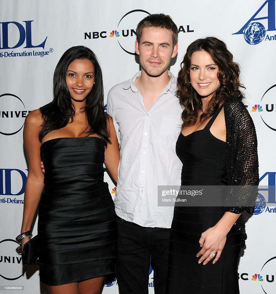 Actors Jessica Lucas Zach Cregger and Danneel Harris arrive for The AntiDefamation League Entertainment Industry Awards Dinner honoring Jeff Gaspin...