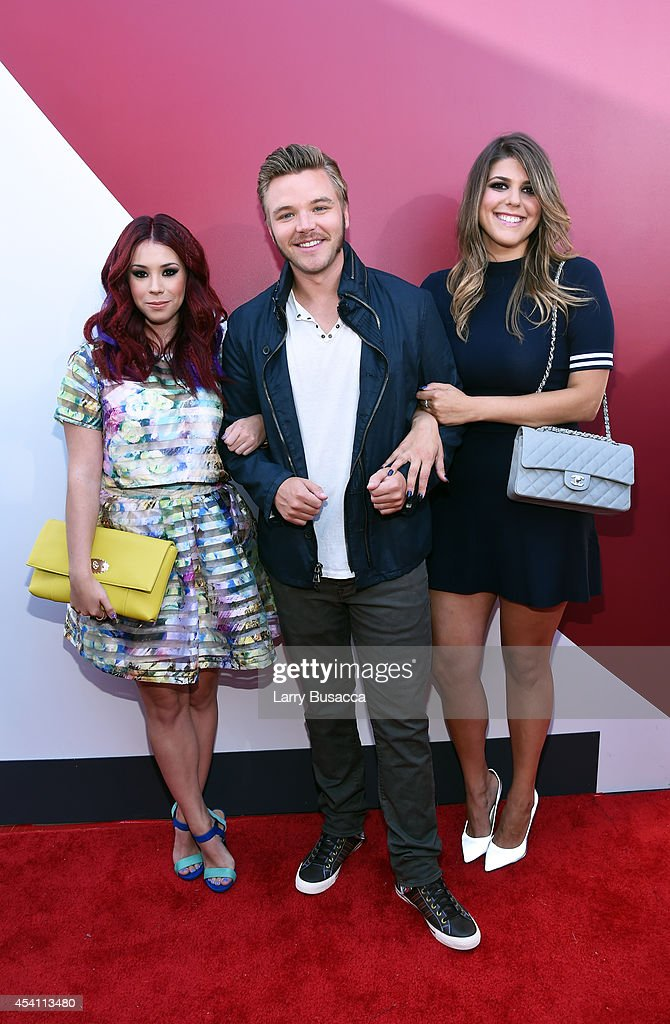 Actors Jillian Rose Reed, Brett Davern and Molly Tarlov attend the 2014 MTV Video Music Awards at The Forum on August 24, 2014 in Inglewood, California.
