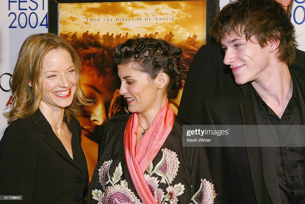 Actors Jodie Foster (L), Audrey Tautou and Gaspard Ulliel pose at the AFI Fest 2004 screening of Warner Independent Pictures' 'A Very Long Engagement' at the Chinese Theater on November 10, 2004 in Los Angeles, California.