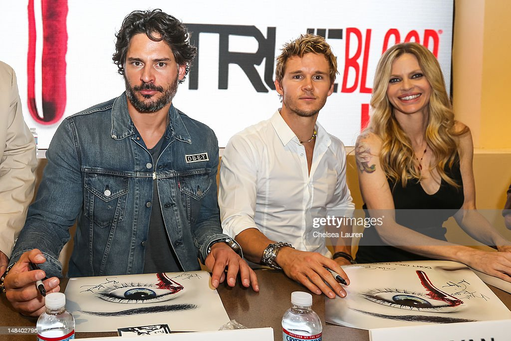 Actors <a gi-track='captionPersonalityLinkClicked' href=/galleries/search?phrase=Joe+Manganiello&family=editorial&specificpeople=2516889 ng-click='$event.stopPropagation()'>Joe Manganiello</a>, <a gi-track='captionPersonalityLinkClicked' href=/galleries/search?phrase=Ryan+Kwanten&family=editorial&specificpeople=2963828 ng-click='$event.stopPropagation()'>Ryan Kwanten</a> and Kristin Bauer van Straten attend the 'True Blood' signing at San Diego Convention Center on July 14, 2012 in San Diego, California.