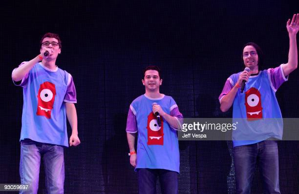 ACCESS*** Actors John Francis Daley Samm Levine and Martin Starr perform onstage during the first ever Yo Gabba Gabba 'There's A Party In My City'...