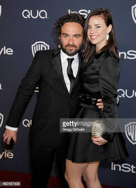 Actors Johnny Galecki and Kelli Garner arrive at the 2014 InStyle And Warner Bros 71st Annual Golden Globe Awards postparty at The Beverly Hilton...