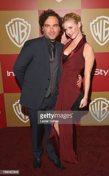Actors Johnny Galecki and Kelli Garner attend the 2013 InStyle and Warner Bros 70th Annual Golden Globe Awards PostParty held at the Oasis Courtyard...