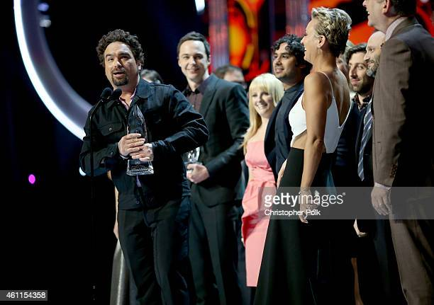 Actors Johnny Galecki Jim Parsons Melissa Rauch Kunal Nayyar Simon Helberg and Kaley CuocoSweeting accept the Favorite TV Show Award for 'The Big...