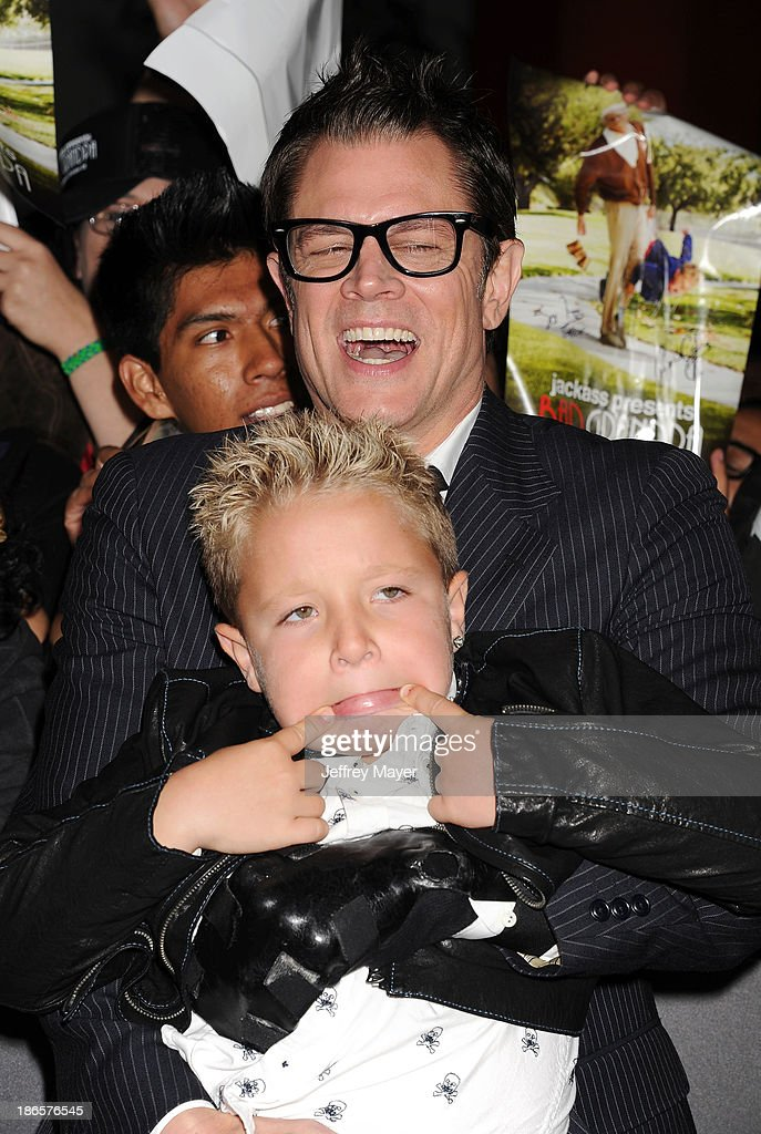 Actors <a gi-track='captionPersonalityLinkClicked' href=/galleries/search?phrase=Johnny+Knoxville&family=editorial&specificpeople=206210 ng-click='$event.stopPropagation()'>Johnny Knoxville</a> (L) and <a gi-track='captionPersonalityLinkClicked' href=/galleries/search?phrase=Jackson+Nicoll&family=editorial&specificpeople=9889688 ng-click='$event.stopPropagation()'>Jackson Nicoll</a> arrive at the Los Angeles premiere of 'Jackass Presents: Bad Grandpa' at TCL Chinese Theatre on October 23, 2013 in Hollywood, California.