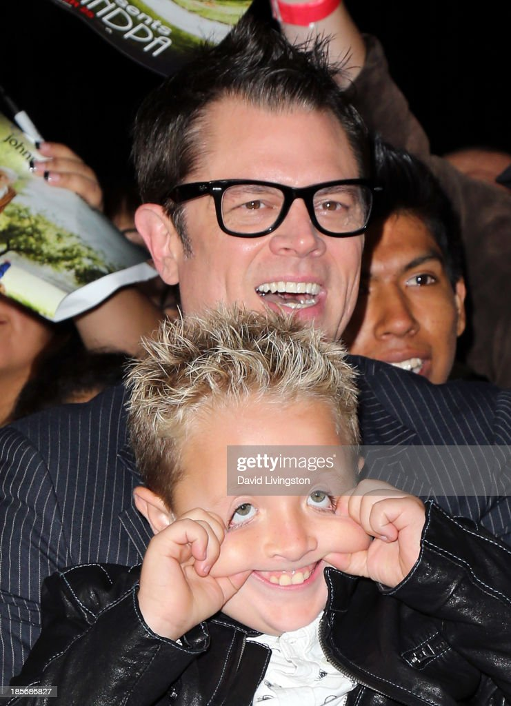 Actors <a gi-track='captionPersonalityLinkClicked' href=/galleries/search?phrase=Johnny+Knoxville&family=editorial&specificpeople=206210 ng-click='$event.stopPropagation()'>Johnny Knoxville</a> and <a gi-track='captionPersonalityLinkClicked' href=/galleries/search?phrase=Jackson+Nicoll&family=editorial&specificpeople=9889688 ng-click='$event.stopPropagation()'>Jackson Nicoll</a> attend the premiere of Paramount Pictures' 'Jackass Presents: Bad Grandpa' at the TCL Chinese Theatre on October 23, 2013 in Hollywood, California.