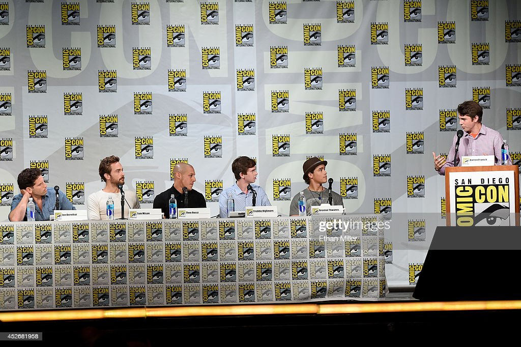 Actors Jon Bernthal, Tom Mison, Theo Rossi, Freddie Highmore, Brenton Thwaites and Entertainment Weekly's Darren Franich attend the Entertainment Weekly: Brave New Warriors panel during Comic-Con International 2014 at the San Diego Convention Center on July 25, 2014 in San Diego, California.