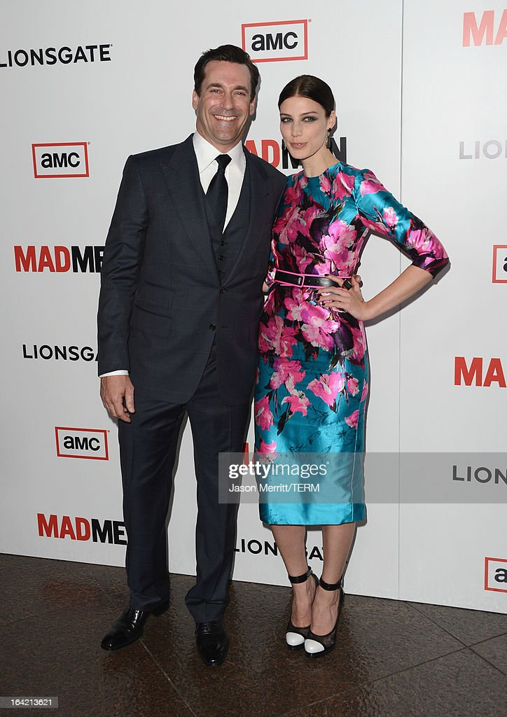 Actors <a gi-track='captionPersonalityLinkClicked' href=/galleries/search?phrase=Jon+Hamm&family=editorial&specificpeople=3027367 ng-click='$event.stopPropagation()'>Jon Hamm</a> and Jessica Pare arrive at the Premiere of AMC's 'Mad Men' Season 6 at DGA Theater on March 20, 2013 in Los Angeles, California.