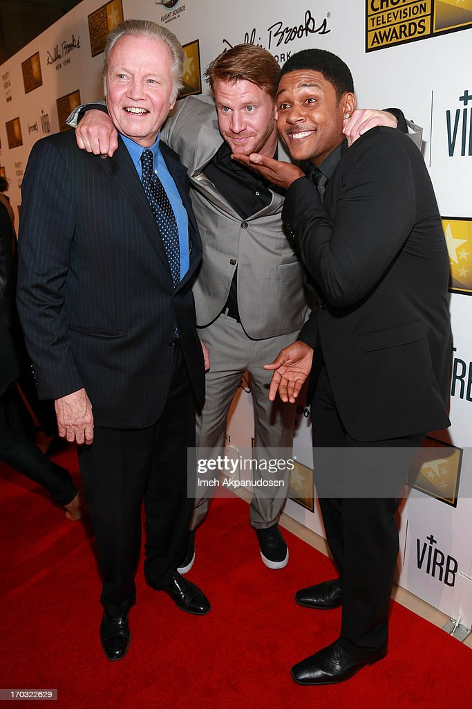 Actors <a gi-track='captionPersonalityLinkClicked' href=/galleries/search?phrase=Jon+Voight&family=editorial&specificpeople=202872 ng-click='$event.stopPropagation()'>Jon Voight</a>, Dash Mihok, and <a gi-track='captionPersonalityLinkClicked' href=/galleries/search?phrase=Pooch+Hall&family=editorial&specificpeople=879951 ng-click='$event.stopPropagation()'>Pooch Hall</a> attend the Critics' Choice Television Awards at The Beverly Hilton Hotel on June 10, 2013 in Beverly Hills, California.