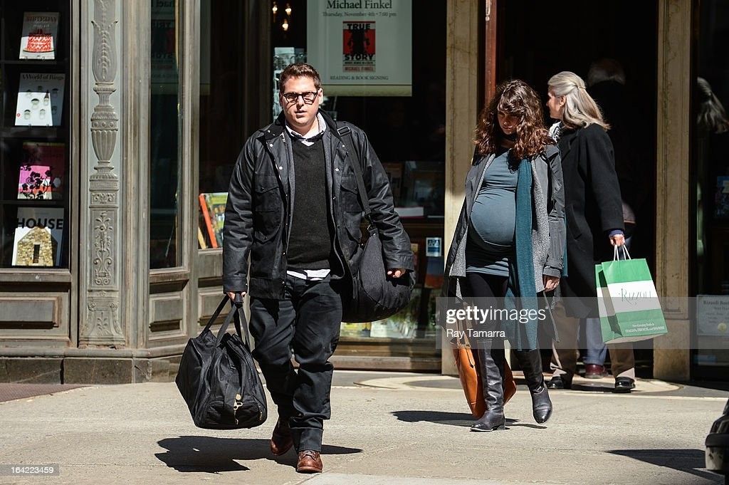 Actors <a gi-track='captionPersonalityLinkClicked' href=/galleries/search?phrase=Jonah+Hill&family=editorial&specificpeople=544481 ng-click='$event.stopPropagation()'>Jonah Hill</a> (L) and <a gi-track='captionPersonalityLinkClicked' href=/galleries/search?phrase=Felicity+Jones&family=editorial&specificpeople=5128418 ng-click='$event.stopPropagation()'>Felicity Jones</a> film a scene at the 'True Story' movie set at Rizzoli Bookstore on March 20, 2013 in New York City.