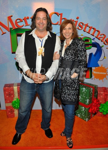 Drake And Josh Christmas Movie Cast.Actors Jonathan Goldstein And Nancy Sullivan Arrive At The