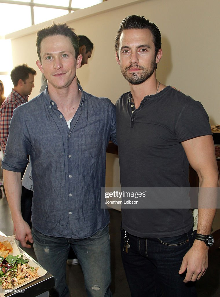 Actors <a gi-track='captionPersonalityLinkClicked' href=/galleries/search?phrase=Jonathan+Tucker&family=editorial&specificpeople=614420 ng-click='$event.stopPropagation()'>Jonathan Tucker</a> (L) and <a gi-track='captionPersonalityLinkClicked' href=/galleries/search?phrase=Milo+Ventimiglia&family=editorial&specificpeople=743960 ng-click='$event.stopPropagation()'>Milo Ventimiglia</a> attend Super Bowl Sunday at The Microsoft Experience on February 3, 2013 in Venice, California.