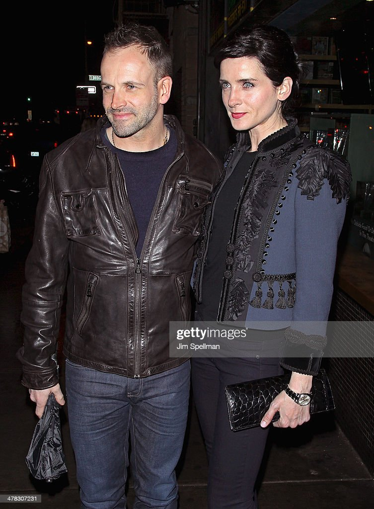 Actors <a gi-track='captionPersonalityLinkClicked' href=/galleries/search?phrase=Jonny+Lee+Miller&family=editorial&specificpeople=633082 ng-click='$event.stopPropagation()'>Jonny Lee Miller</a> and <a gi-track='captionPersonalityLinkClicked' href=/galleries/search?phrase=Michele+Hicks&family=editorial&specificpeople=707706 ng-click='$event.stopPropagation()'>Michele Hicks</a> attend Sony Pictures Classics' 'Only Lovers Left Alive' screening hosted by The Cinema Society and Stefano Tonchi, Editor in Chief of W Magazine at Landmark's Sunshine Cinema on March 12, 2014 in New York City.