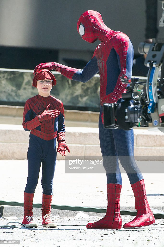 Actors Jorge Vega (L) and <a gi-track='captionPersonalityLinkClicked' href=/galleries/search?phrase=Andrew+Garfield&family=editorial&specificpeople=4047840 ng-click='$event.stopPropagation()'>Andrew Garfield</a> on the set of 'The Amazing Spider-Man 2' on May 27, 2013 in New York City.
