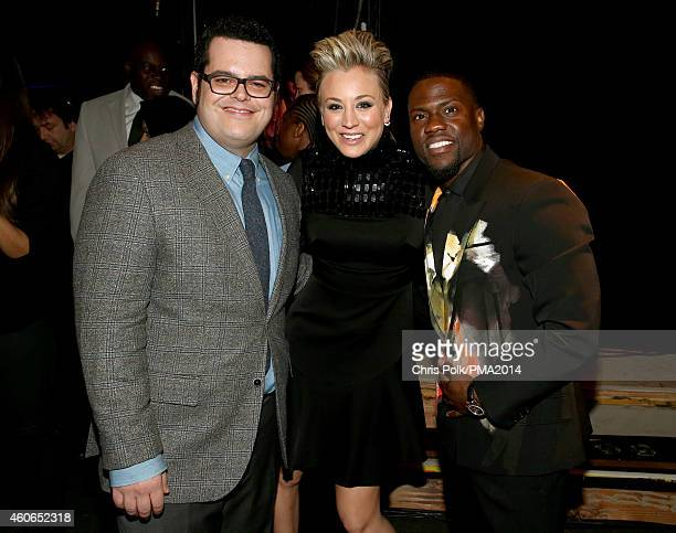 Actors Josh Gad Kaley Cuoco and Kevin Hart attend the PEOPLE Magazine Awards at The Beverly Hilton Hotel on December 18 2014 in Beverly Hills...