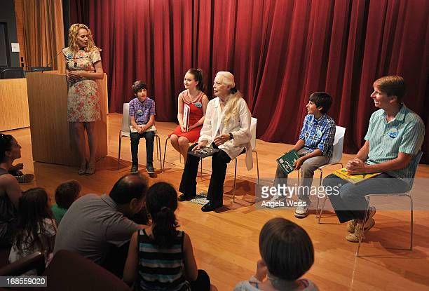 Actors Joshua Rush Kaitlyn Dever Barbara Bain Karan Brar and Jack McBrayer with BookPALS Director Robin Roy read at the Screen Actors Guild...
