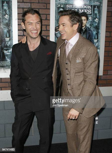 Actors Jude Law and Robert Downey Jr attend the New York premiere of 'Sherlock Holmes' at the Alice Tully Hall Lincoln Center on December 17 2009 in...