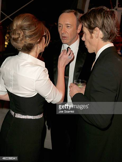 Actors Julia Roberts Kevin Spacey and Daniel Moder attend The Weinstein Company Netflix's 2014 Golden Globes After Party presented by Bombardier FIJI...