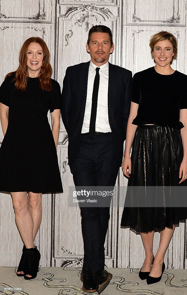 Actors <a gi-track='captionPersonalityLinkClicked' href=/galleries/search?phrase=Julianne+Moore&family=editorial&specificpeople=171555 ng-click='$event.stopPropagation()'>Julianne Moore</a>, <a gi-track='captionPersonalityLinkClicked' href=/galleries/search?phrase=Ethan+Hawke&family=editorial&specificpeople=178274 ng-click='$event.stopPropagation()'>Ethan Hawke</a> and <a gi-track='captionPersonalityLinkClicked' href=/galleries/search?phrase=Greta+Gerwig&family=editorial&specificpeople=4249808 ng-click='$event.stopPropagation()'>Greta Gerwig</a> visit AOL Build to talk about their new movie ''Maggies Plan' at AOL Studios In New York on May 5, 2016 in New York City.