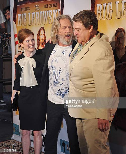 Actors Julianne Moore Jeff Bridges and John Goodman attend 'The Big Lebowski' Bluray release at the Hammerstein Ballroom on August 16 2011 in New...