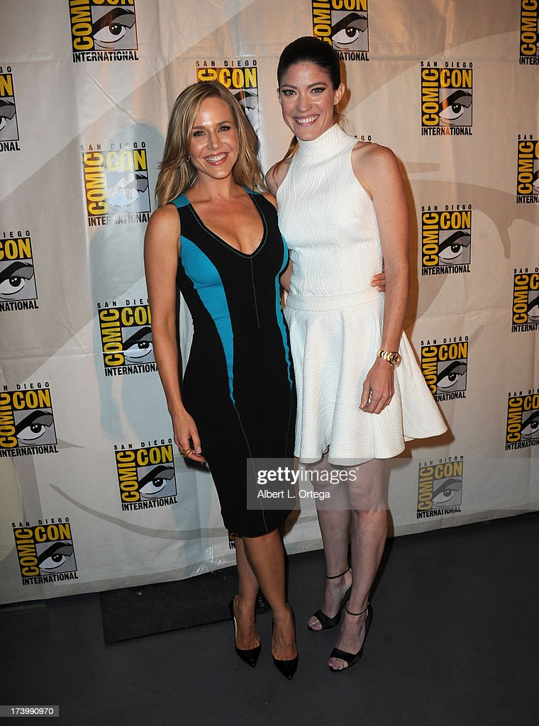 Actors Julie Benz (L) and Jennifer Carpenter attend the Showtime's 'Dexter' panel during Comic-Con International 2013 at San Diego Convention Center on July 18, 2013 in San Diego, California.